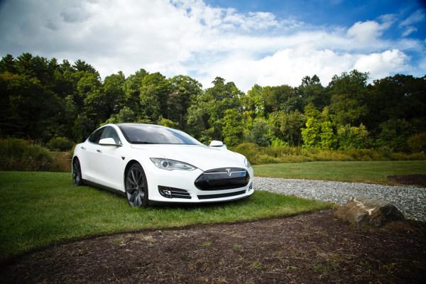 Bil Tesla